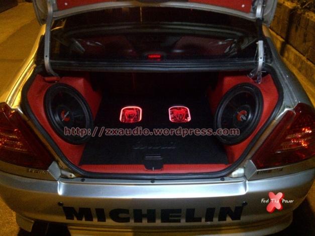 Tampak Depan Kosmetik Audio Mobil Mitsubishi Lancer Evo 4 by ZX Audio